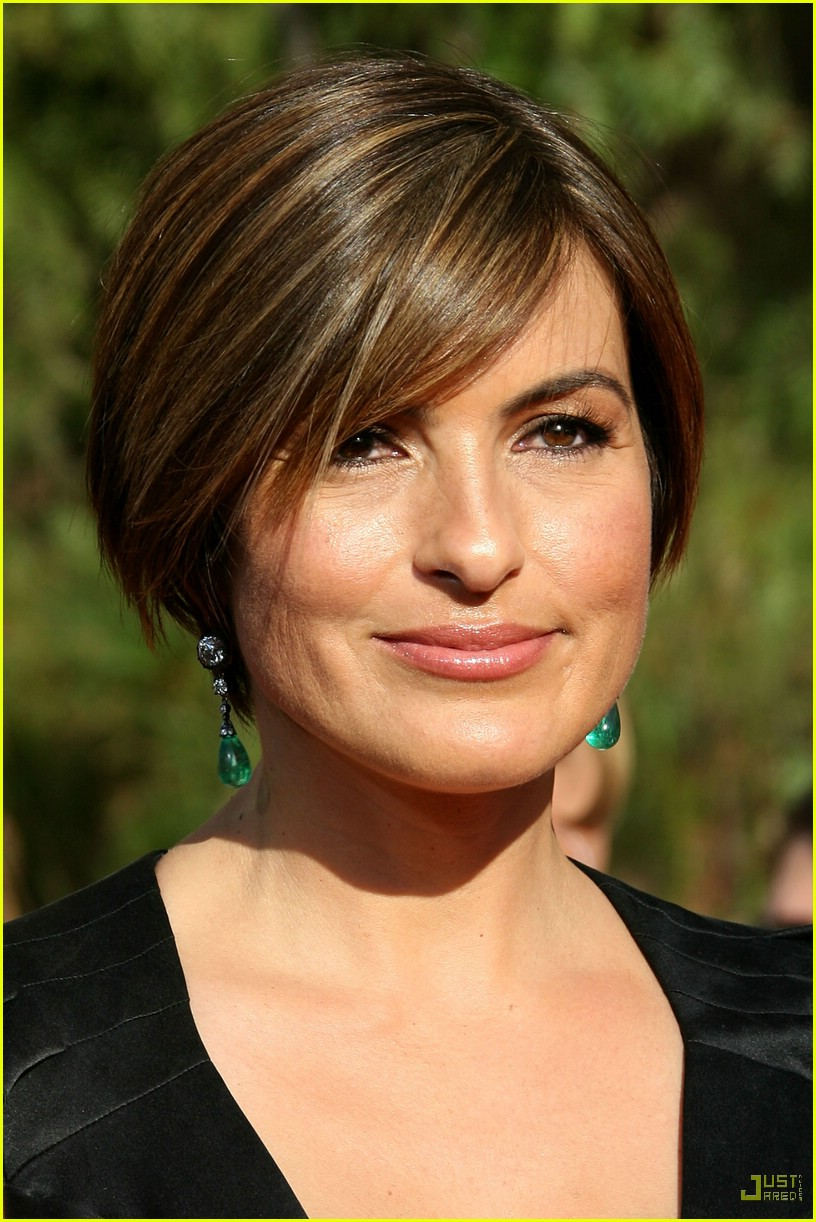 haircut names mariska hargitay emmys and order svu 260954 816 1222 6076