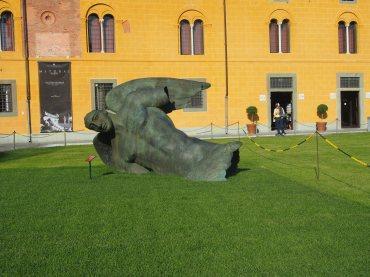 fallen angel statue