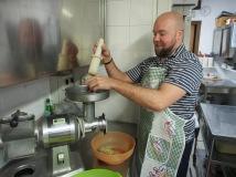 grinding vegetables