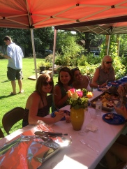 Mel, Lindsey and I grubbing